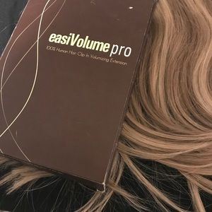 easiVolume pro 100% Human Hair Clip Extensions